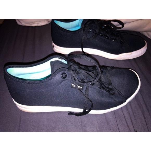 eb36e968b8f1 Reebok Shoes - Reebok Skyscape Runaround 2.0 Walking Shoe